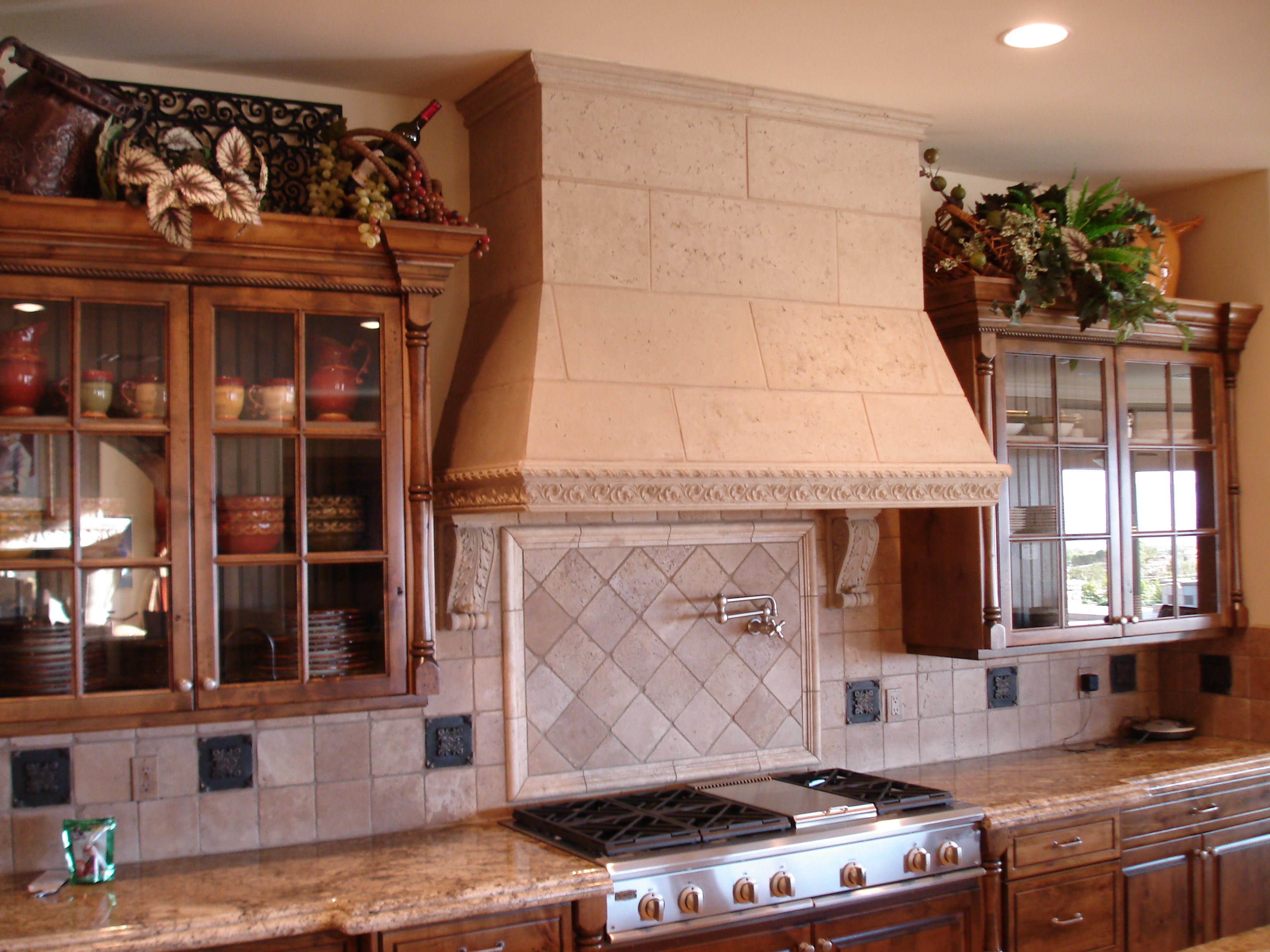 Dress up your Kitchen with a decorative dress hood - Realm ...