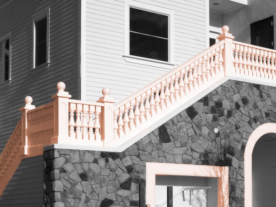 Restaurant outdoor staircases