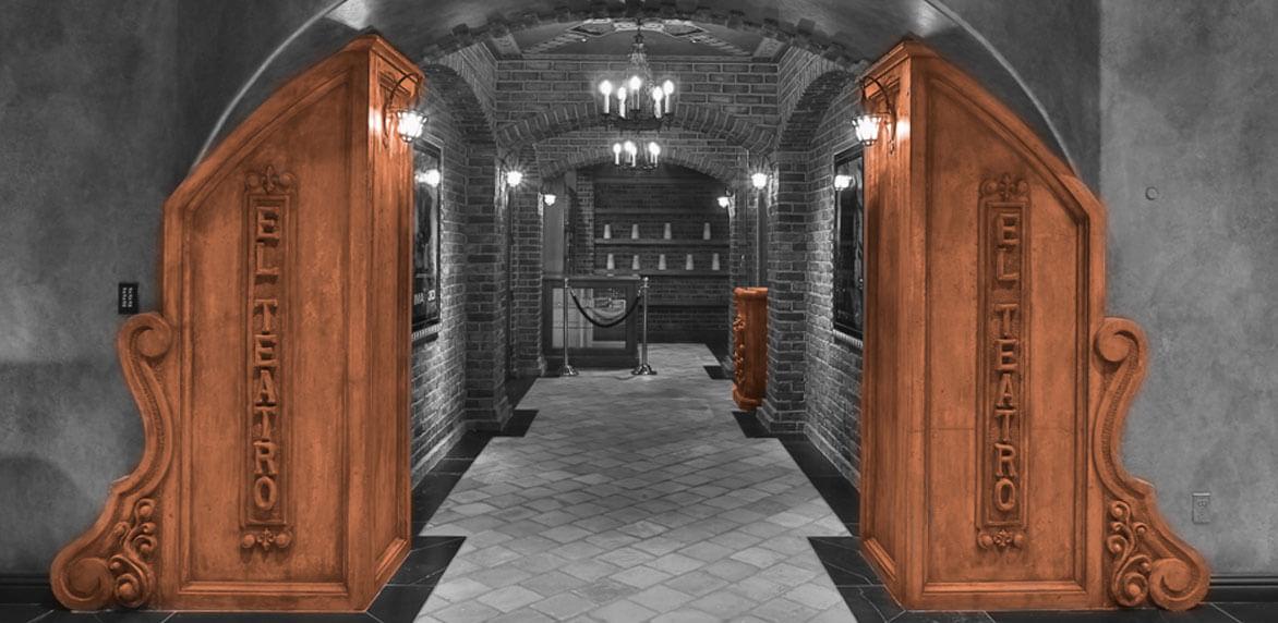 Casa de Slusher entryway