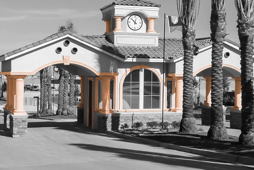 Restaurant columns