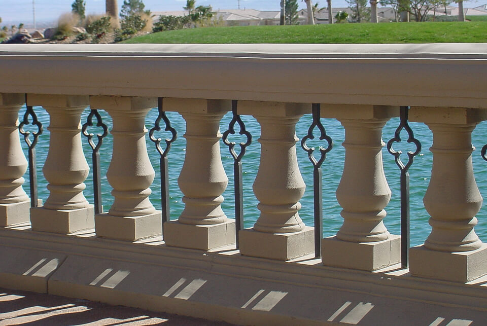 Restaurant balcony design