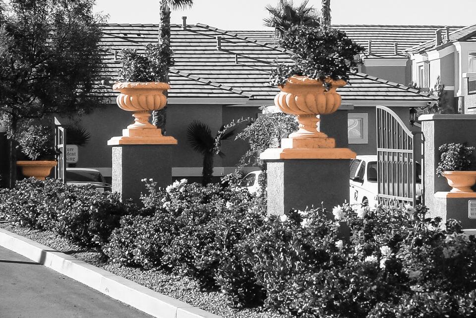 Restaurant garden flower pots