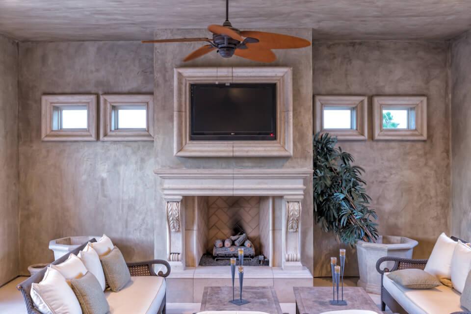 Interior design moldings