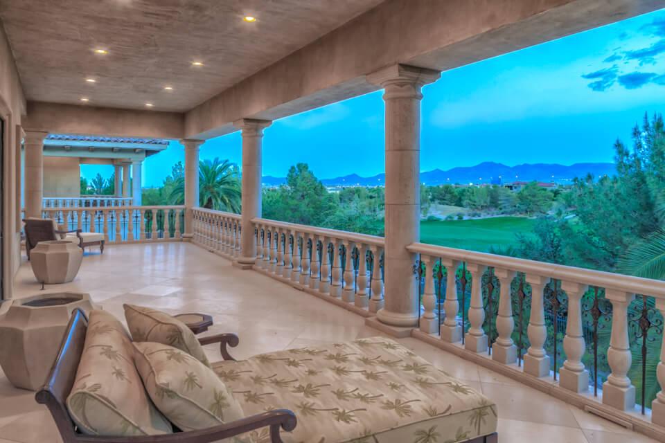 Balcony design style