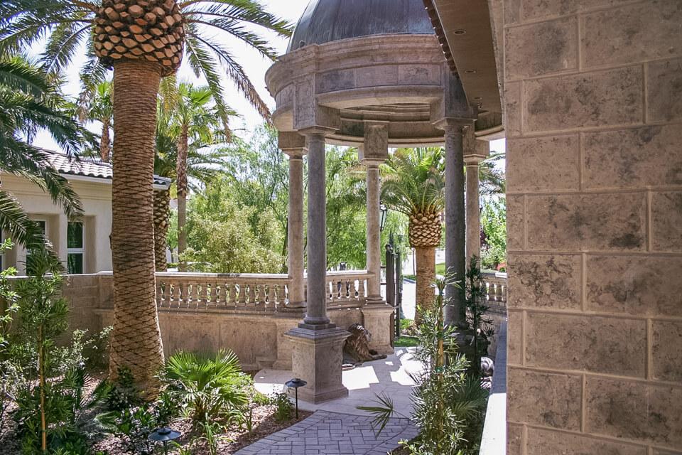 Stone design outdoor columns
