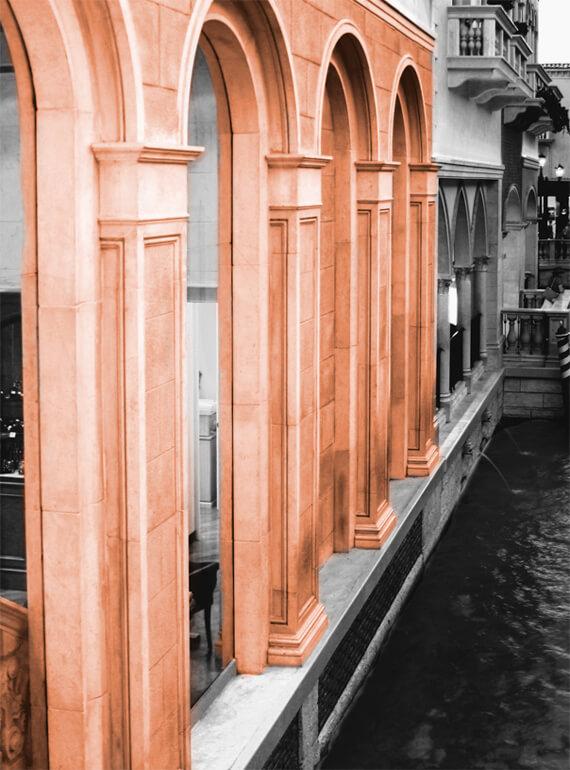 Restaurant moldings