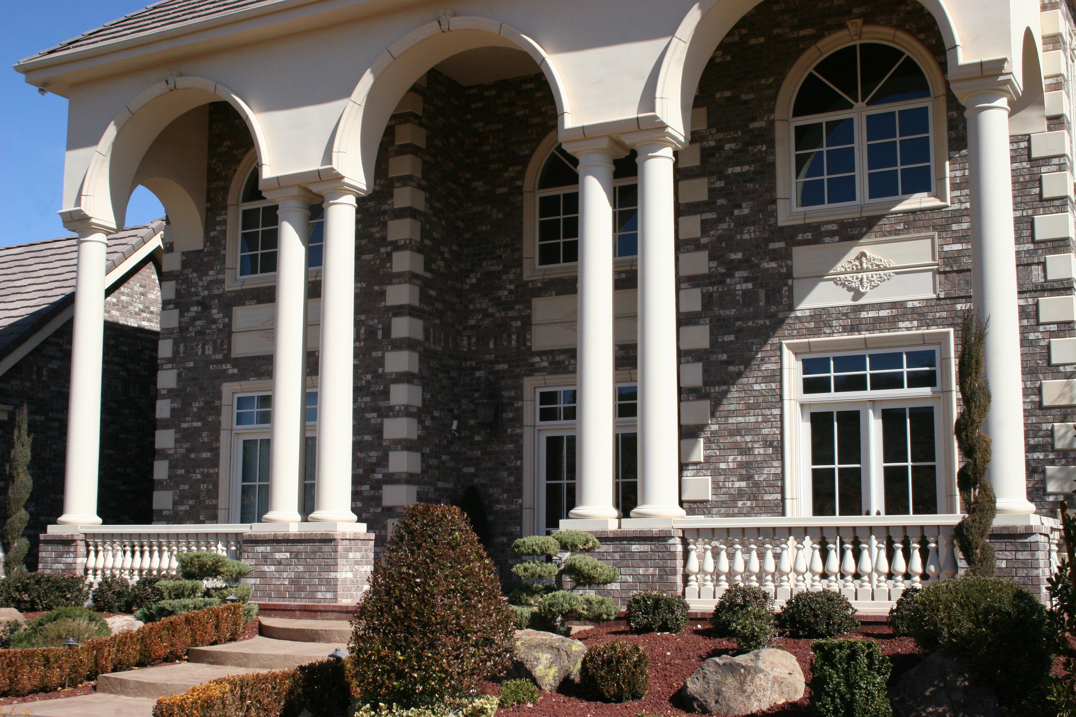 Class Up Your Home With Columns Realm Of Design