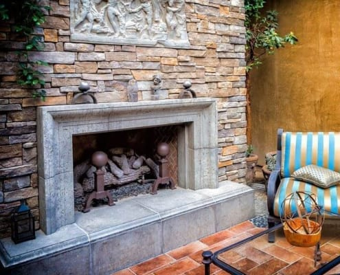 Outdoor pearl fireplace